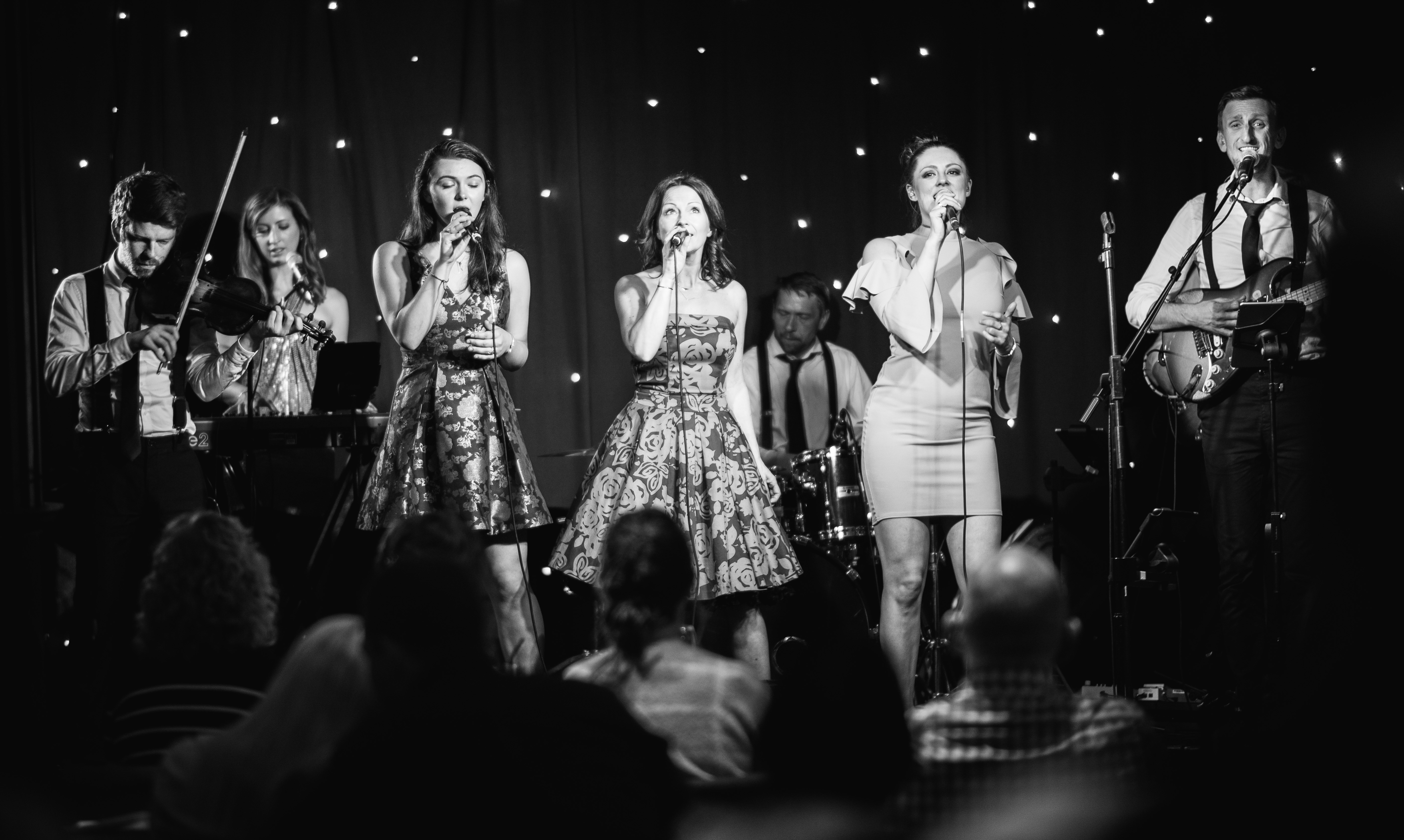 Live Wedding Band, Scottish Ceilidh & Covers