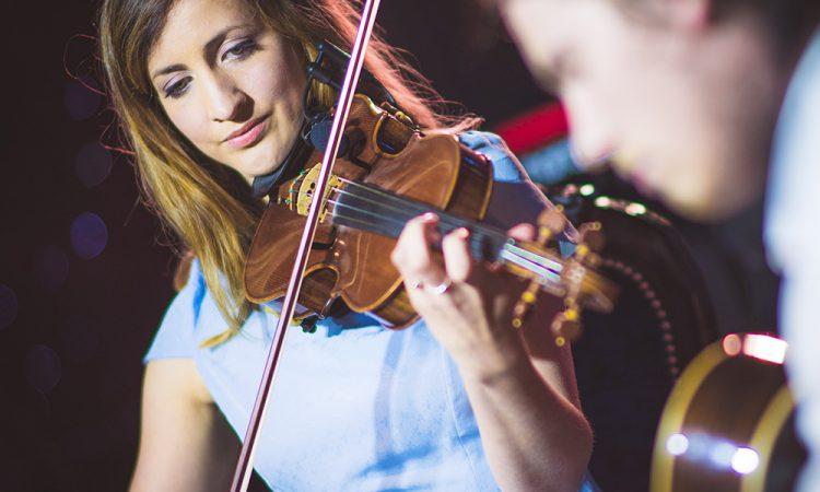 Wedding Covers & Ceilidh Band, Edinburgh | Corra Music